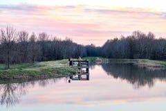 Pusty Jeziornego połowu mola zmierzch zdjęcia royalty free