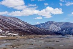 Pusty jezioro blisko Ananuri kasztelu, Gruzja Obrazy Royalty Free
