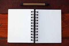 pusty notatnik długopis obraz stock