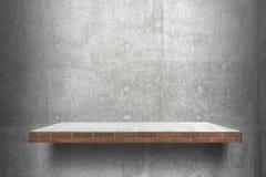 Pusty półki odgórny Przygotowywający dla produktu pokazu montażu; cement i szarości cementowy tło odkładamy Obrazy Royalty Free