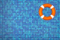Pusty Pływacki basen z Lifebuoy zdjęcia royalty free