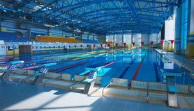 Pusty pływacki basen Zdjęcia Stock