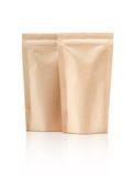 Pusty pakować przetwarza Kraft papieru kieszonkę odizolowywającą na bielu obraz stock