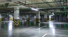 pusty parking partii Miastowy, przemysłowy tło, Fotografia Stock