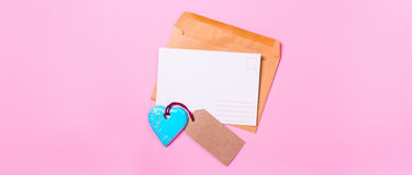 Pusty pocztówkowy list miłosny z sercem Zdjęcia Stock