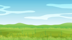 Pusty pole pod jasnym niebieskim niebem Zdjęcie Royalty Free