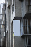 Pusty reklamowy sztandar na blokowym budynku Fotografia Royalty Free