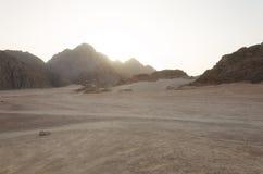 Pustynia w Afryka ATV safari Wycieczki w Egipt Fotografia Stock