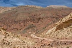 Pustynna Afrykańska droga Zdjęcia Royalty Free