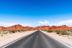 Pustynna droga, dolina ogień - Nevada 2018 zdjęcia royalty free