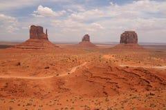 Pustynny krajobraz w Arizona, Pomnikowa dolina Kolorowy, turystyka obrazy royalty free