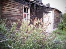 Puszka drewniany dom fotografia stock