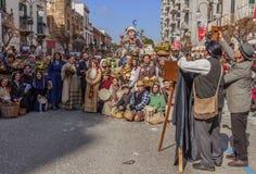 Putignano, Apulia, Italië - Februari 15, 2015: allegorische scène die het boerleven van het verleden vertegenwoordigen Stock Afbeeldingen