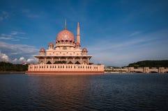 Putra清真寺在布城,马来西亚 免版税库存照片