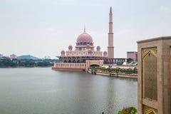 Putra meczet (Masjid Putra) Zdjęcia Royalty Free