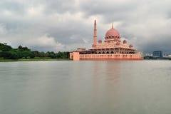 Putra moské Royaltyfri Foto