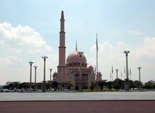 Putra moské (Masjid Putra) Royaltyfri Fotografi