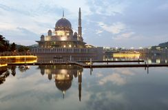 Putra mosque and lake with reflections. Long exposure photo of putra mosque putrajaya malaysia Royalty Free Stock Photos