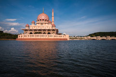 Putra Mosque in Putrajaya, Malaysia Royalty Free Stock Images