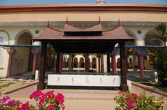 Putra Nilai清真寺的洗净液在Nilai,森美兰,马来西亚 免版税库存图片