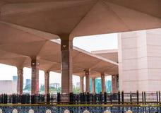 PUTRAJAYA - 29 DECEMBER: De Putramoskee op 29 December 2018, Putra-Moskee wordt of gekend als Roze moskee gevestigd in Putrajaya  stock foto's