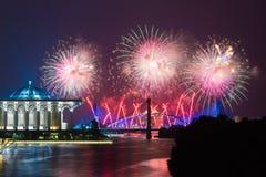 Putrajaya-Feuerwerks-Wettbewerb 2013 Lizenzfreie Stockbilder