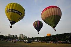 5th Den hoade Putrajaya landskampen luftar ballongfiestaen 2013 Fotografering för Bildbyråer