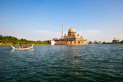 Putrajaya See, Malaysia Stockbilder