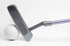 Putter e palla da golf Fotografie Stock