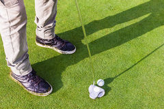 Putter on the green Royalty Free Stock Photos