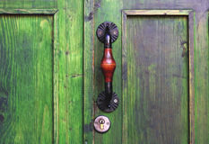Puxador da porta antigo em Tbilisi, Geórgia Fotos de Stock