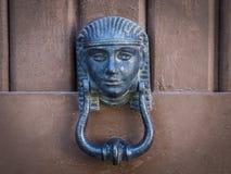 Puxador da porta egípcio do símbolo Fotografia de Stock Royalty Free