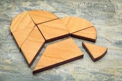Puzzle del tangram del cuore Fotografie Stock Libere da Diritti