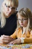 Puzzle della figlia e della madre Fotografie Stock