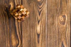 Puzzle en bois enclenché complexe photos libres de droits