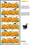 Puzzle visuel de Halloween avec des rangées des potirons Images libres de droits