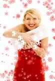 Puzzlespiel des dankbaren Mädchens mit Schneeflocken Stockfotografie