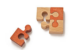 Puzzlespiel getrennt auf Weiß Stockfoto