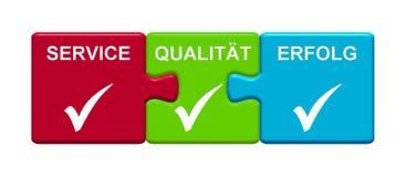 3 Puzzlespiel-Knöpfe, die Service-, Qualitäts- und Erfolgsdeutsches zeigen lizenzfreie abbildung