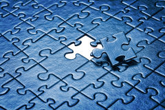 Puzzlespiel mit fehlendem Stück Lizenzfreies Stockbild
