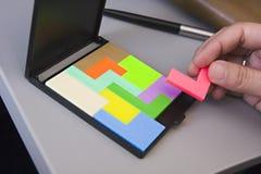 Puzzlespielfarben Lizenzfreie Stockbilder
