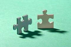 Puzzlespielpaare Stockbild