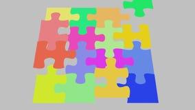 Puzzlespielstück fällt in Platz, 2d Animationscgi-Laubsäge stock footage