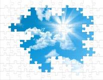 Puzzlespielstücke vom Himmel Stockfotografie