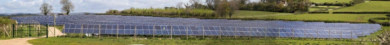 PV zonnelandbouwbedrijf stich stock fotografie