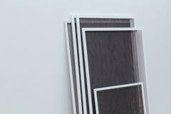 Pvc-sidohängda fönster fotografering för bildbyråer