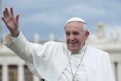 Påven Francis välsignar troget Royaltyfria Foton