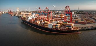 Containership to be loaded in port of Hamburg stock photography