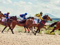 PYATIGORSK,俄罗斯- 7月7 :为7月的大得奖的橡木赛跑 图库摄影