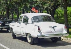 PYATIGORSK, RUSIA - 9 DE MAYO DE 2017: coche retro soviético clásico GAZ-21 Volga Fotografía de archivo libre de regalías
